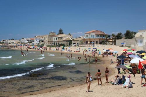Punta Secca beach
