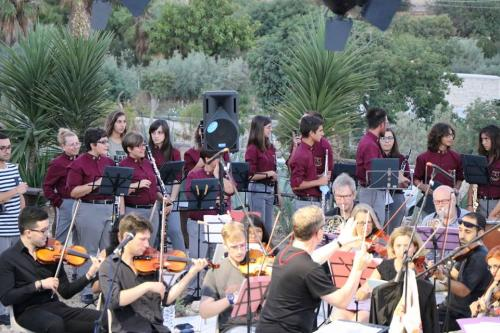 Rehearsal with orchestra plus the Scicli town band.